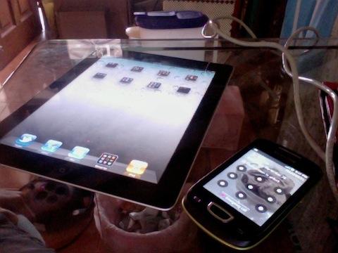 iPad 2 and Samsung Galaxy Mini