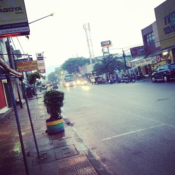 Jalan2 pagi. I need a fresh ai…