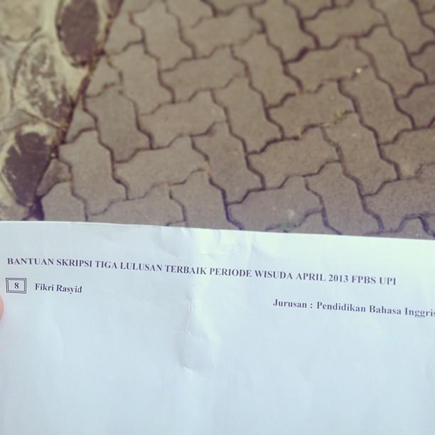 Ngga qualified untuk cum laude…
