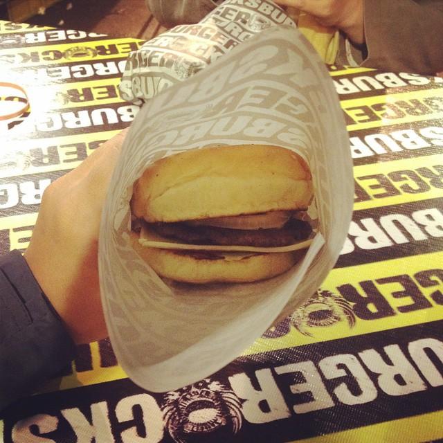 Akhirnya ketemu burger legenda…
