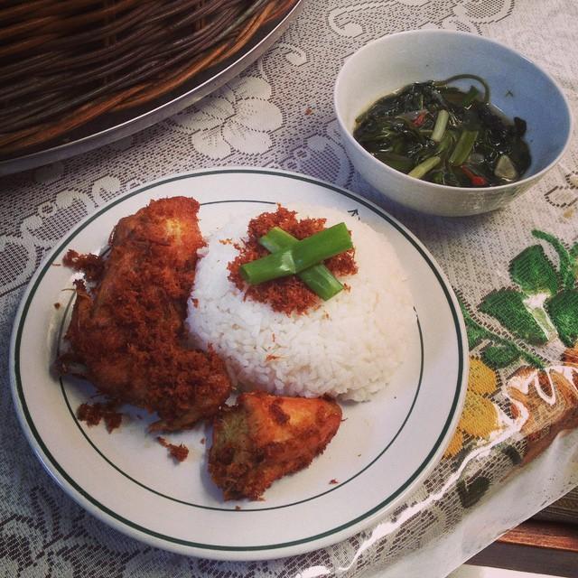 Masakan istri di sabtu pagi (