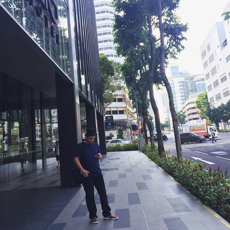 Le mesen Uber di singapur. Nai…