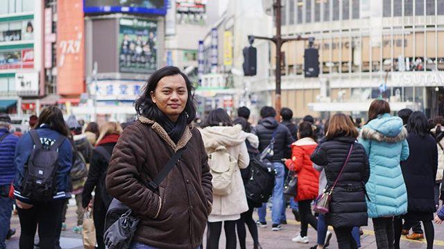 Shibuya crossing. Casually pos…